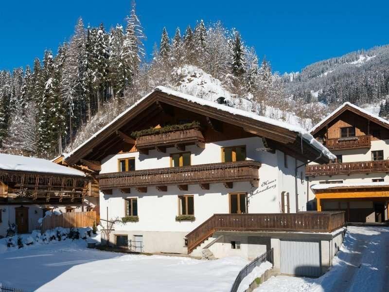 Haus Schneeberg winter