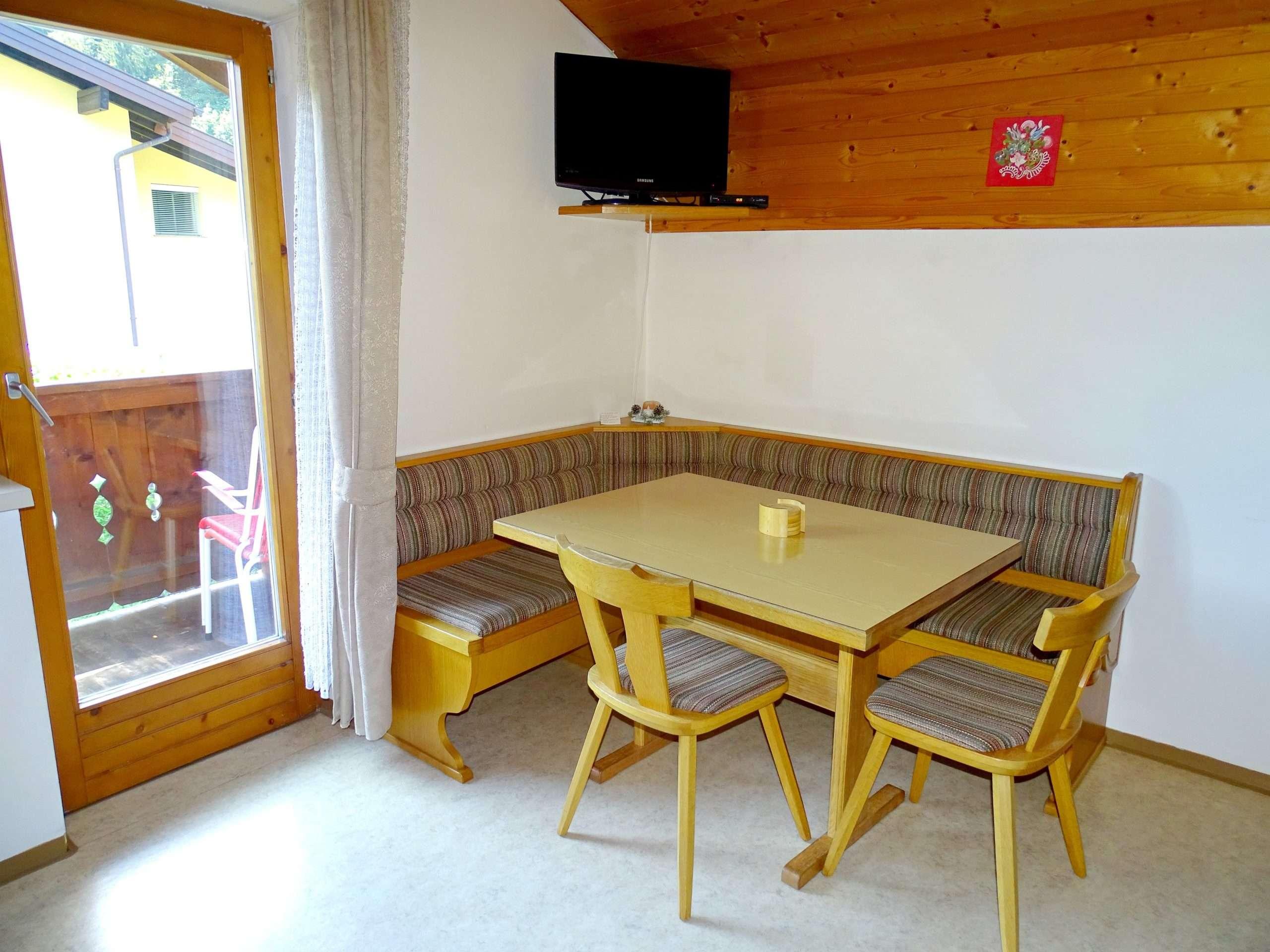 Dining area, Aberg Apartment, Haus Schneeberg