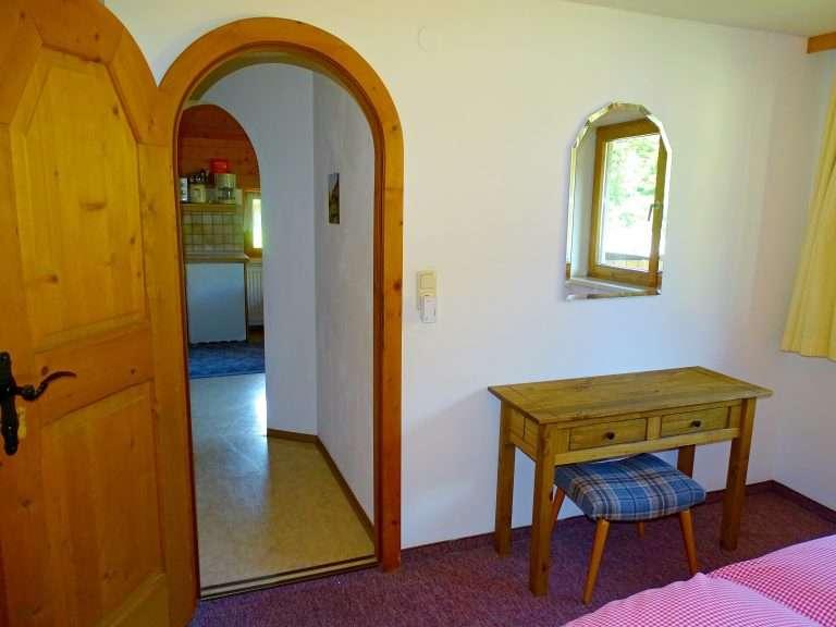 Hochkeil bedroom entrance Haus Schneeberg