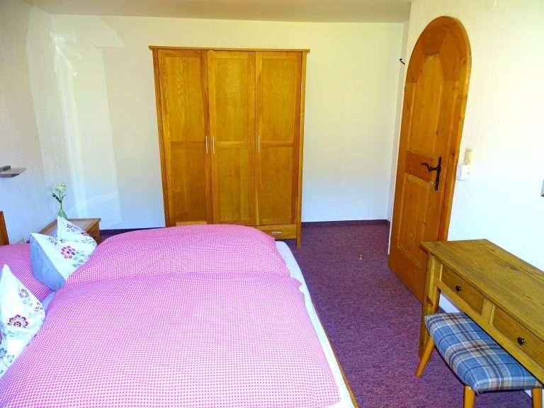 Hochkeil bedroom and wardrobe Haus Schneeberg