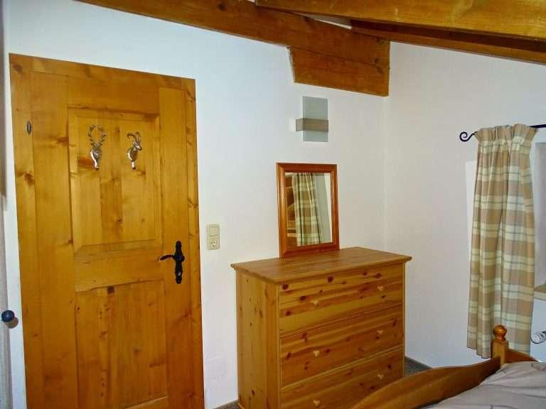 Selbhorn bedroom drawers Haus Schneeberg